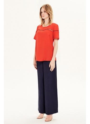 NaraMaxx Dantel Detaylı Bluz Kırmızı